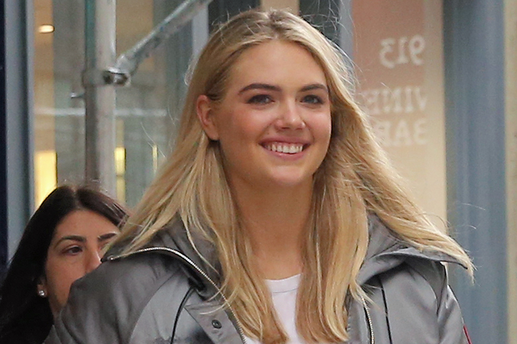 Kate Upton Works Out In A Scoop Back Tank Nike Shorts Sneakers Footwear News