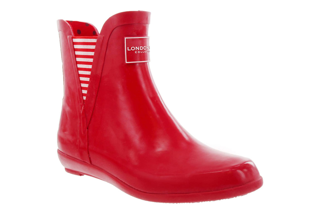 red boots, rain boots, london fog
