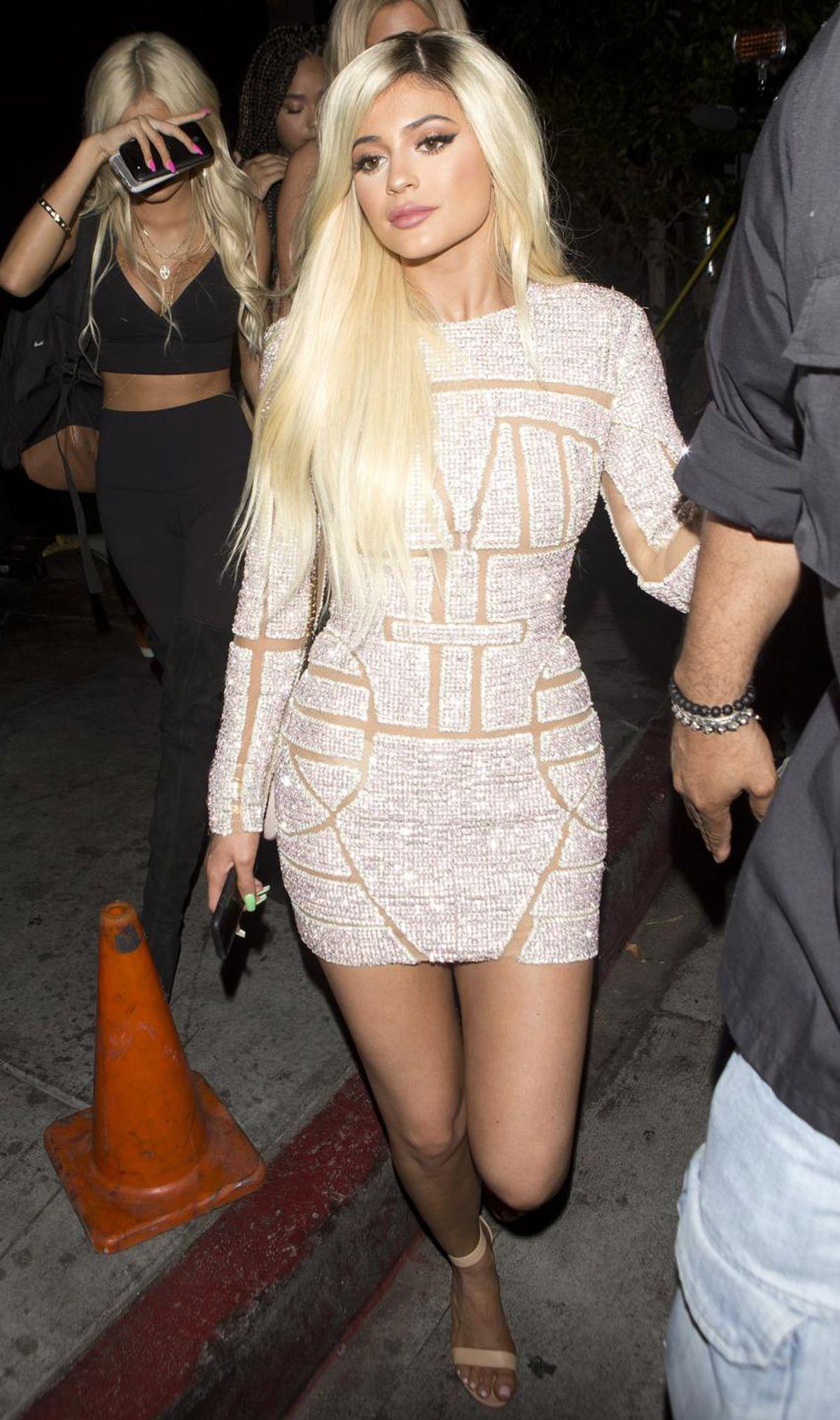 Kylie Jenner, mini dress