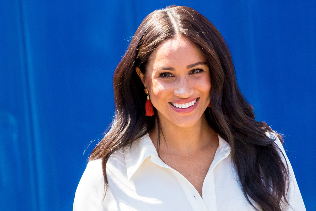 Meghan Markle Is Comfy in Jeans & Black Pointy Flats on Podcast for World Mental Health Day