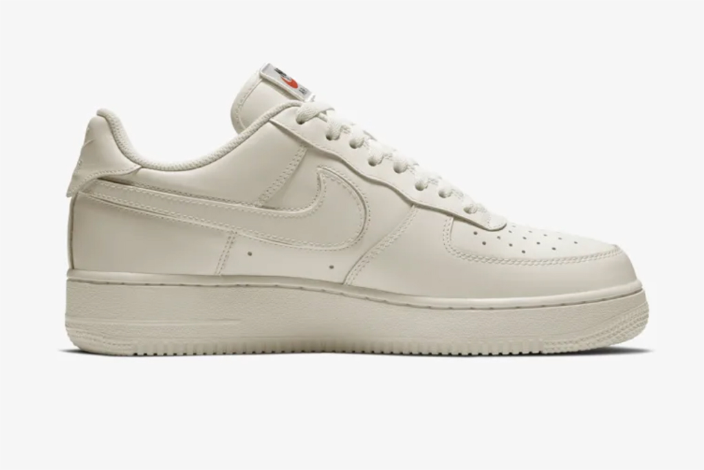 Nike Air Force 1 Swoosh Pack sail