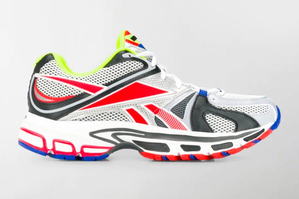 reebok, vetements, sneakers, black, white, red, yellow, spike runner