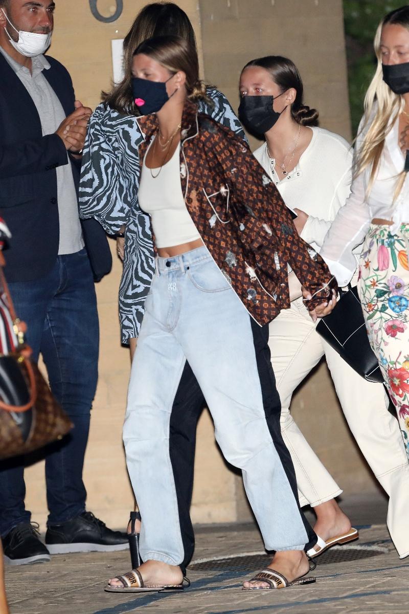 sofia richie, louis vuitton, dior, christian dior, style, jeans, alexander wang, nobu