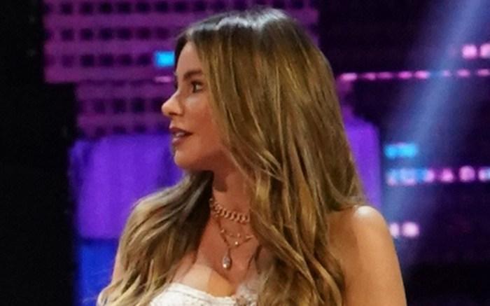 sofia-vergara-americas-got-talent-white