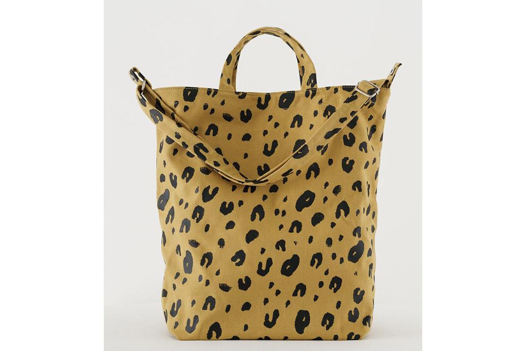 baggu tote bag, leopard tote bag, best tote bags