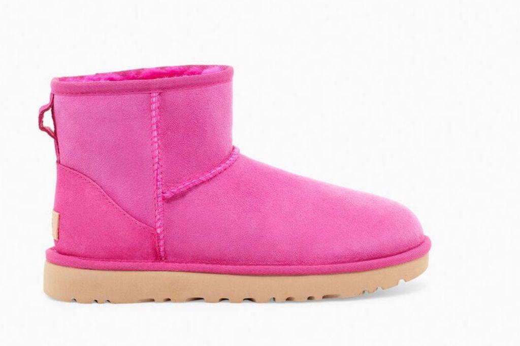 ugg boot, pink ugg boot, ugg classic boot, ugg classic short