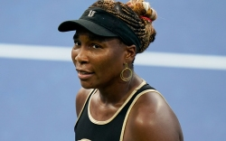 venus williams, dress, eleven, sneakers, wonderwoman,