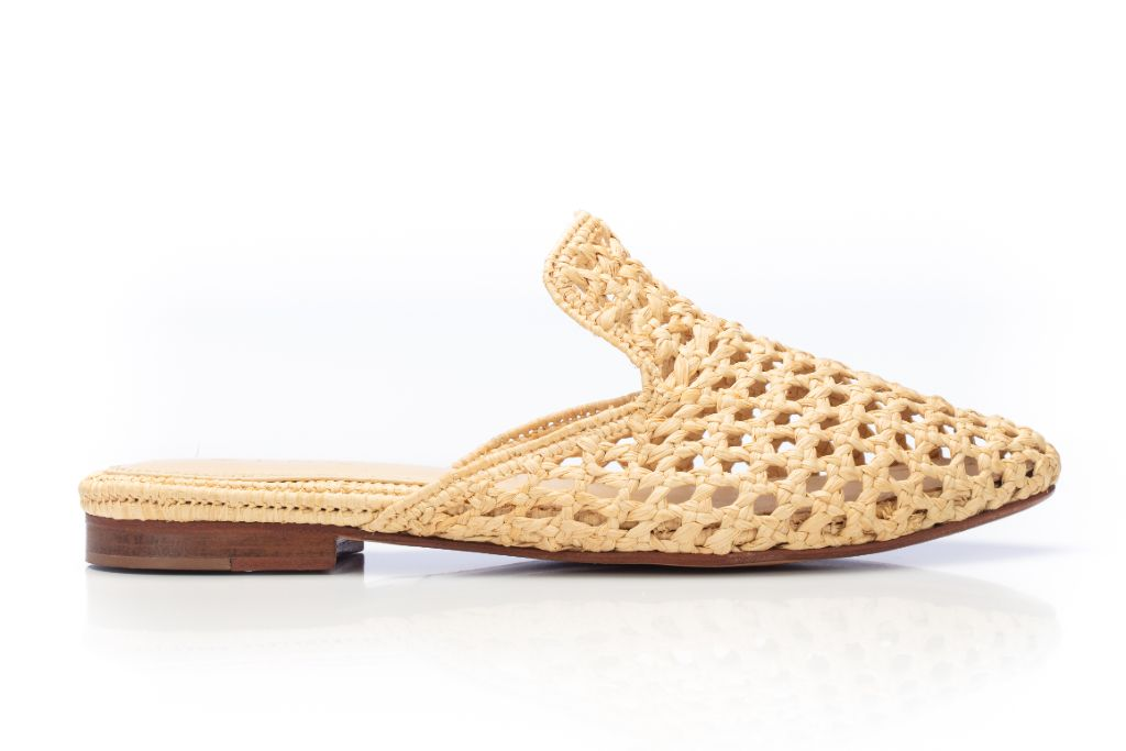 zyne, zyne shoes, zyne raffia, raffia, raffia trend, shoes, fall 2020 shoe trends, summer 2020 shoe trends