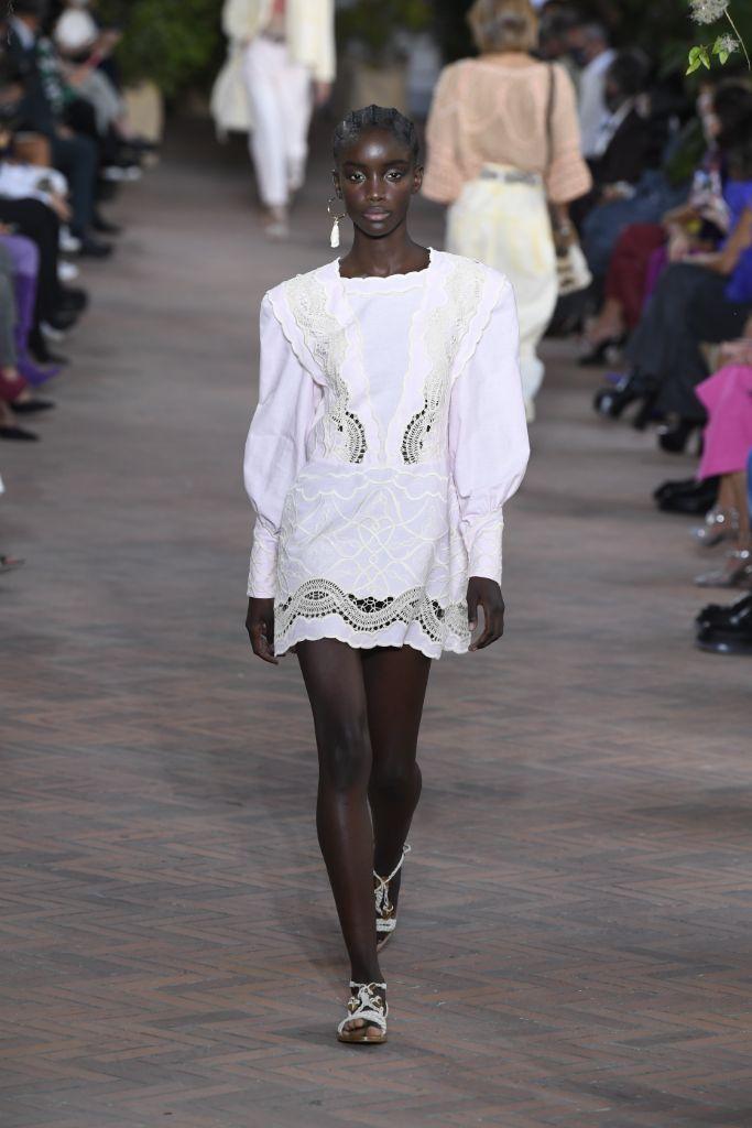 alberta ferretti, spring 2021, mfw, milan fashion week, spring 2021 trends, fashion trends