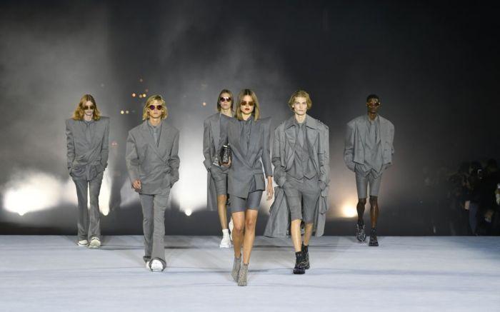 balmain, balmain spring 2021, spring 2021, pfw, paris fashion week, balmain collection, balmain runway, balmain paris fashion week
