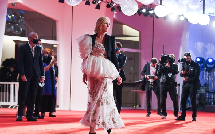 "Venezia77 Jury President Cate Blanchett walks the red carpet ahead of the movie ""Di Yi Lu Xiang"" (Love After Love) at the 77th Venice Film Festival on September 08, 2020 in Venice, Italy.Pictured: Cate BlanchettRef: SPL5185822 080920 NON-EXCLUSIVEPicture by: SplashNews.comSplash News and PicturesUSA: +1 310-525-5808London: +44 (0)20 8126 1009Berlin: +49 175 3764 166photodesk@splashnews.comWorld Rights, No France Rights, No Italy Rights, No Switzerland Rights"