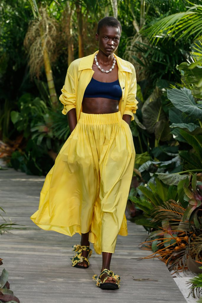 jason wu, nyfw, new york fashion week, jason wu arizona love, spring 2021 fashion, fashion trends, ugly sandals