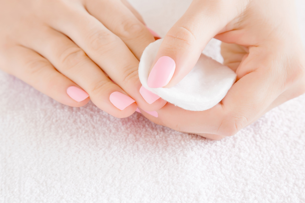 The Best Nail Polish Removers
