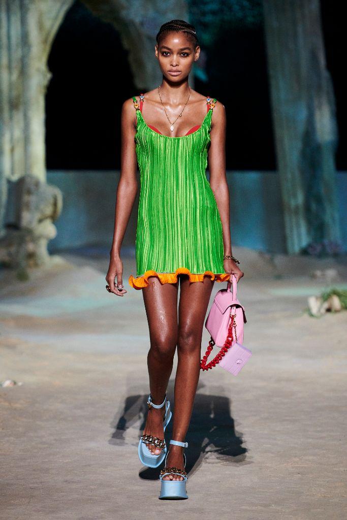 versace, versace spring 2021, mfw, milan fashion week