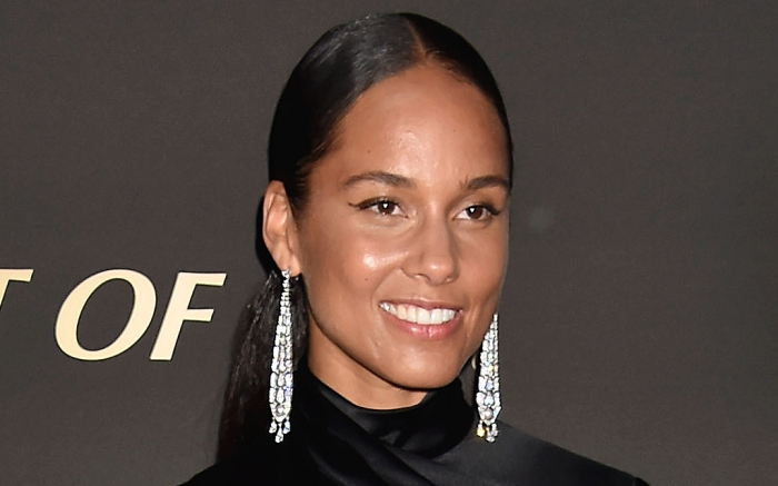 alicia keys, style, shoes, sneakers