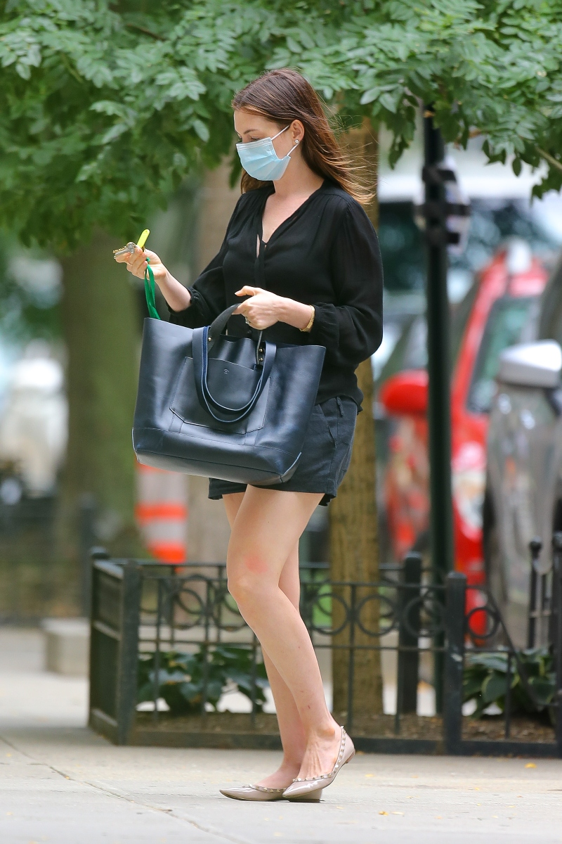 anne hathaway, mask, style, romper, ballet flats, shoes