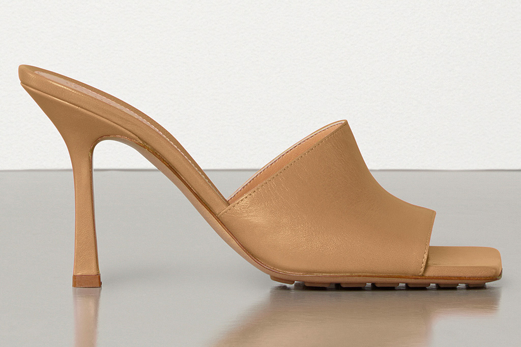 bottega veneta, tan sandals, stretch, mules, square toe