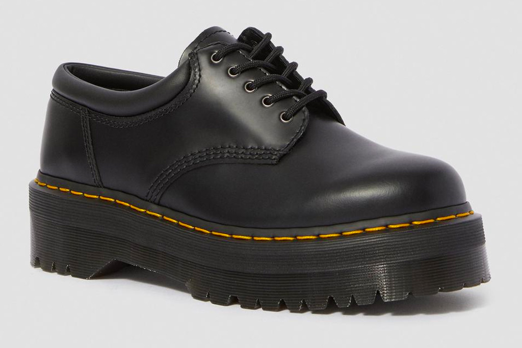 dr. martens, doc martens, brogues, shoes, platform, leather, 8053