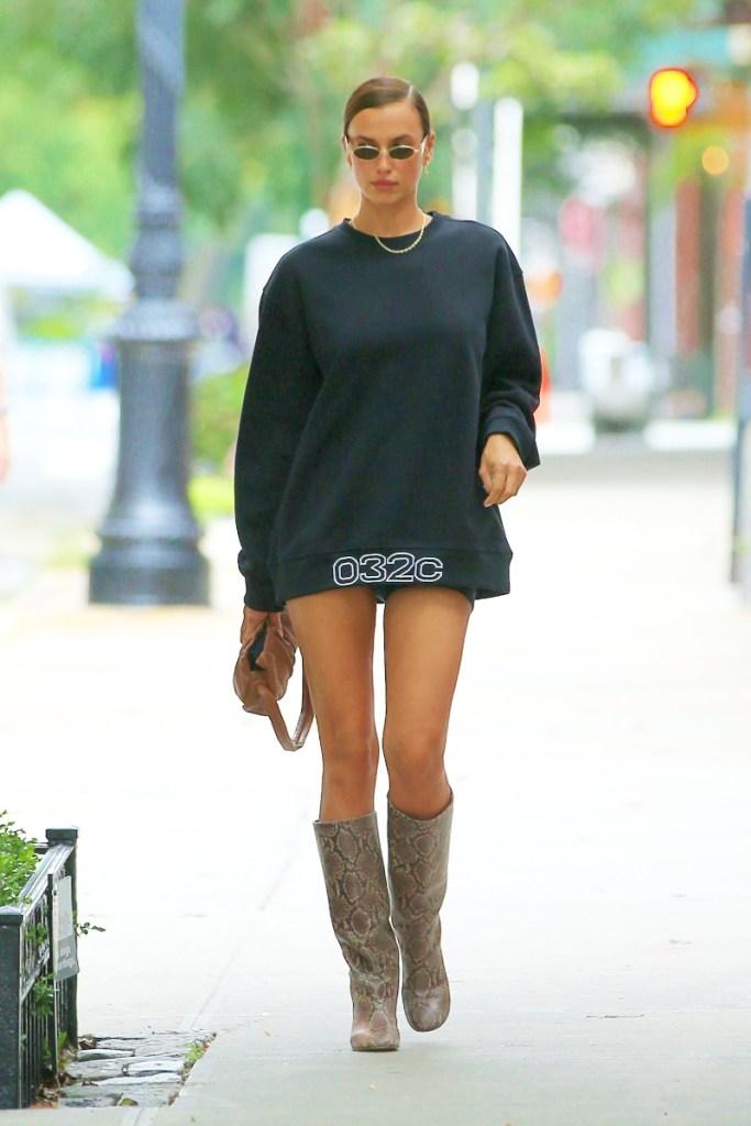 irina shayk, sweatshirt, shorts, biker shorts, model, boots, brown, snakeskin, sunglasses, new york, style
