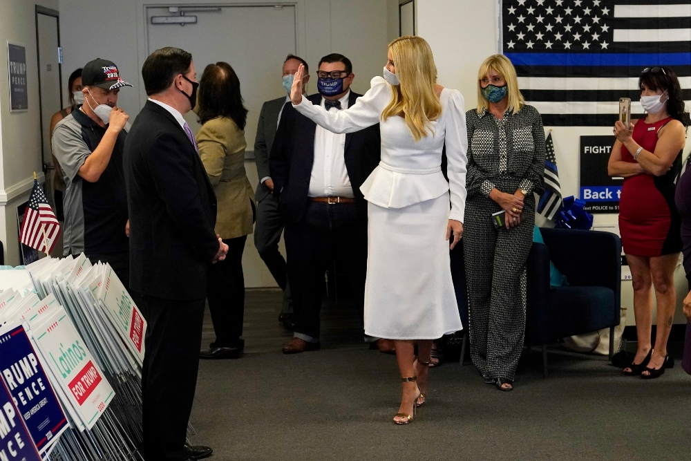 ivanka trump, white dress, latinos for trump, shoes