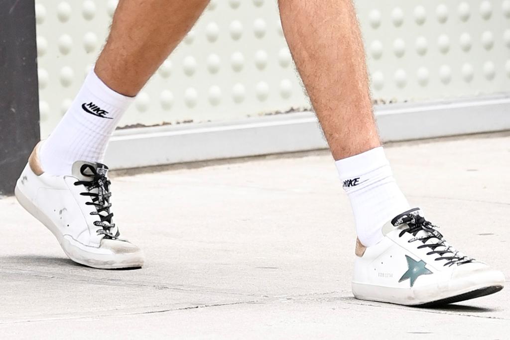 kaia gerber, new balance, sneakers, dad shoes, blazer, biker shorts, style, jacob elordi, golden goose