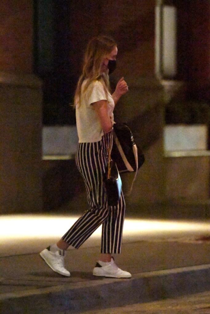 jennifer lawrence, style, sneakers, pants, striped, shirt, husband, cooke maroney