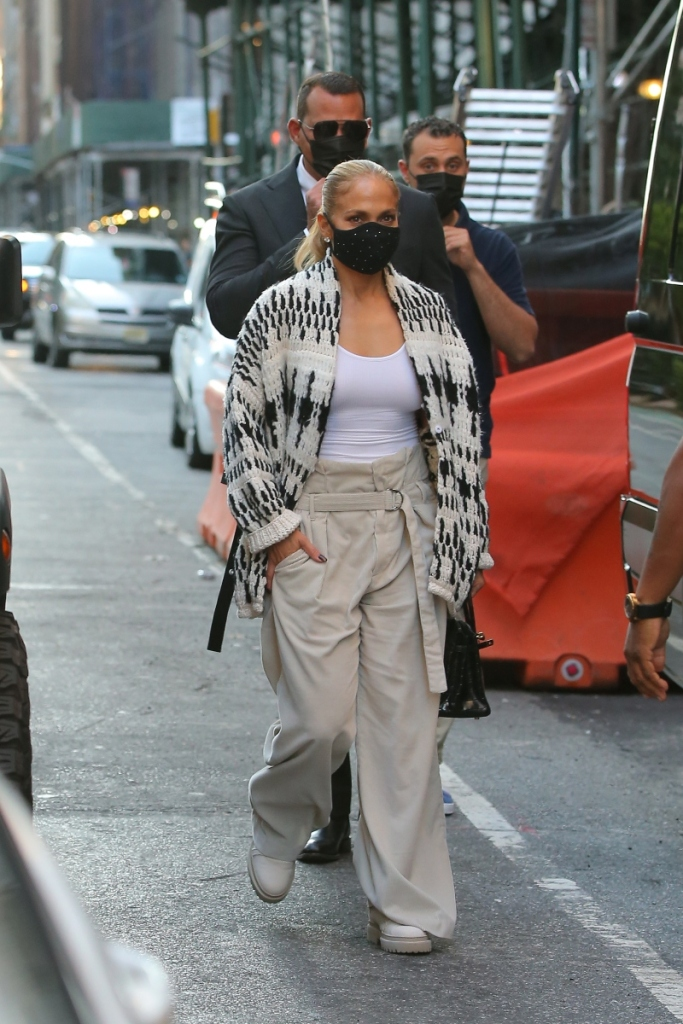 Footwear Leather J Lo S Chunky Sweater Work Boots Baggy Corduroy Pants Make Way For Fall Trends