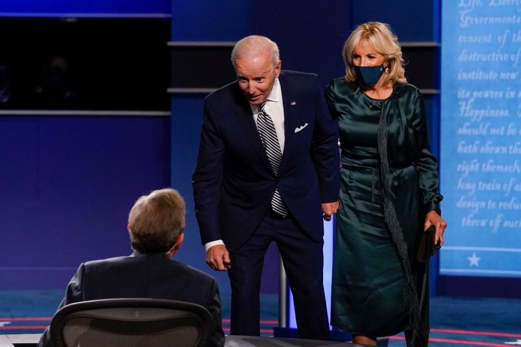 jill biden, joe biden, presidential debate, green dress, heels, shoes, style, dress, outfit