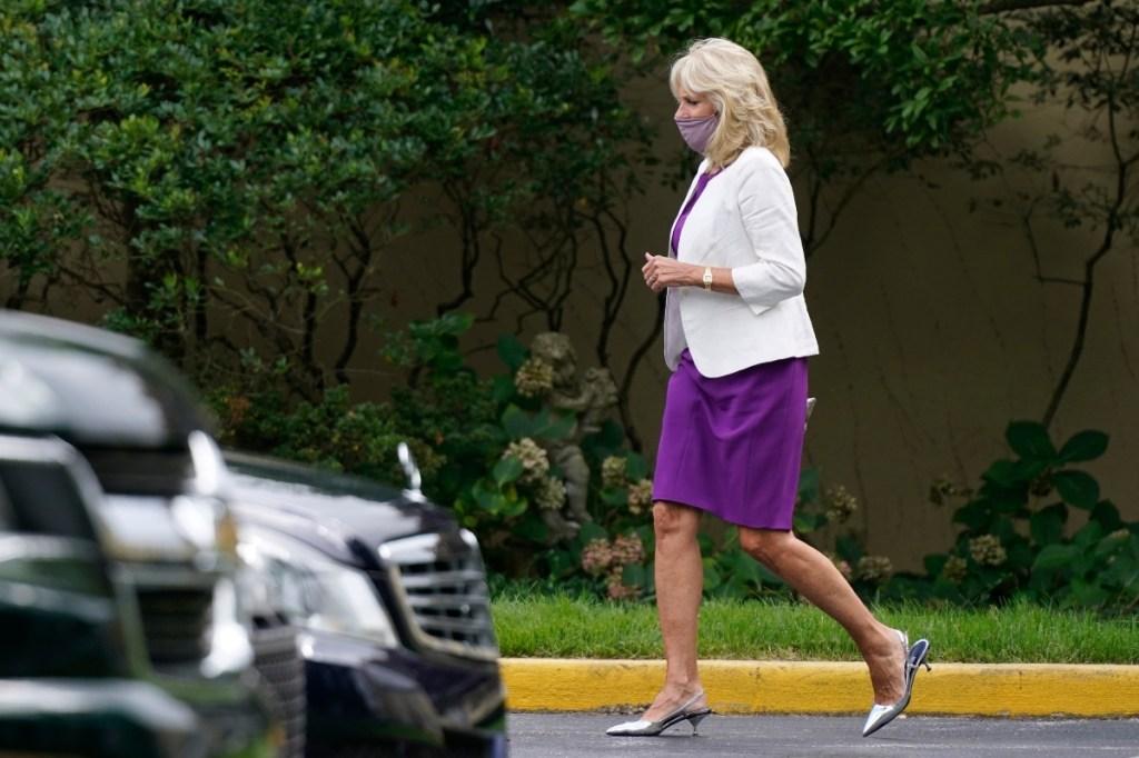 jill biden, church, dress style, heels, pumps, mask, purple, blazer
