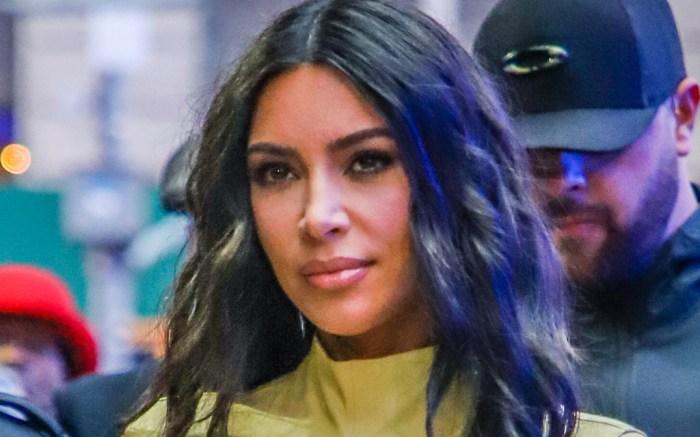 kim kardashian, dress, shos, sixth toe, 6th toe