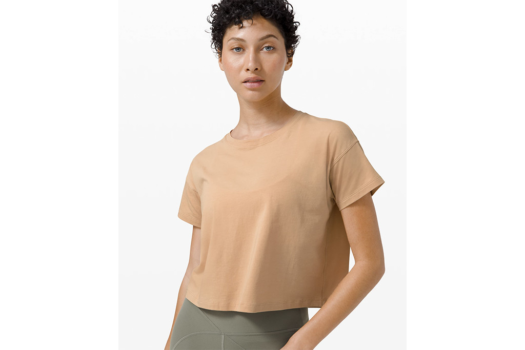 lululemon cates tee, best lululemon gear, lululemon