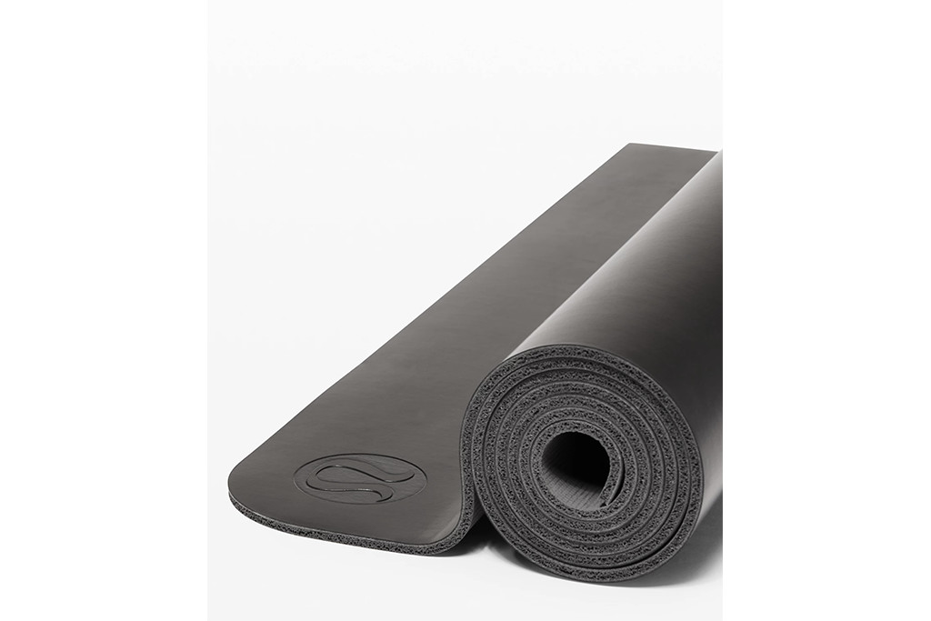 lululemon mat, best selling lululemon gear, yoga mat