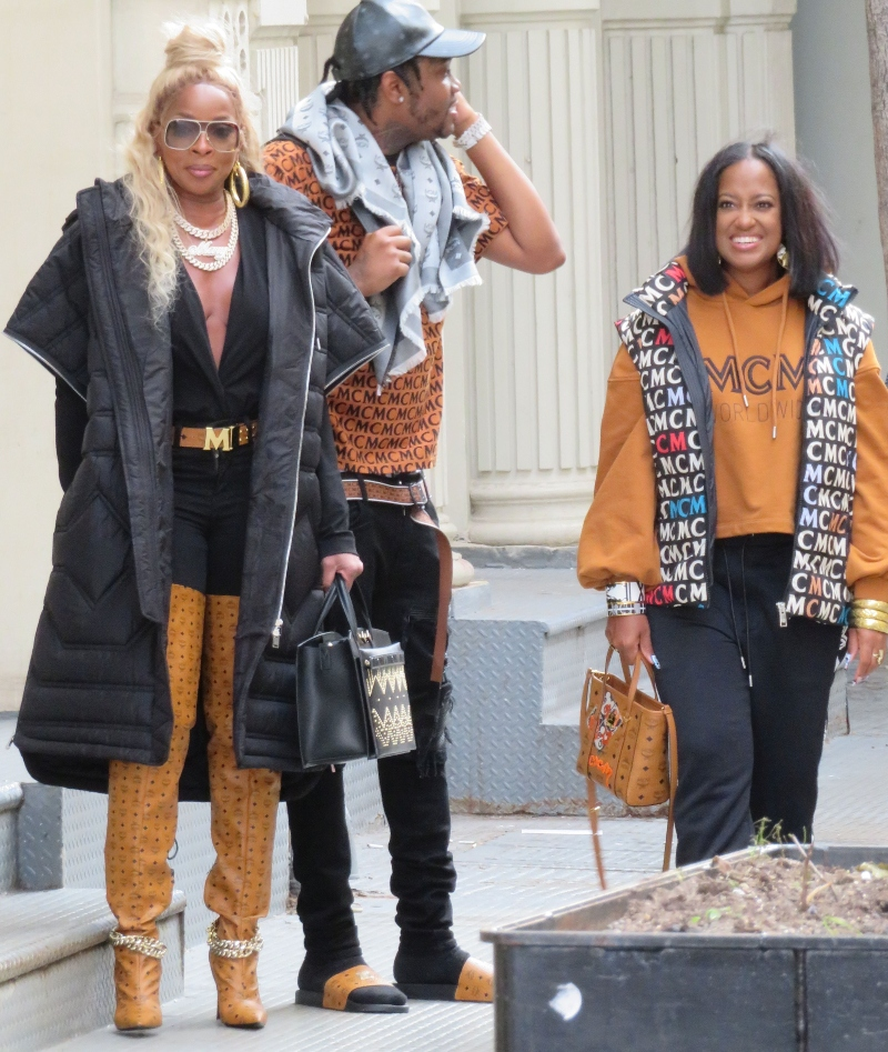 mary j. blige, style, boots, mcm, jeans, song, new york