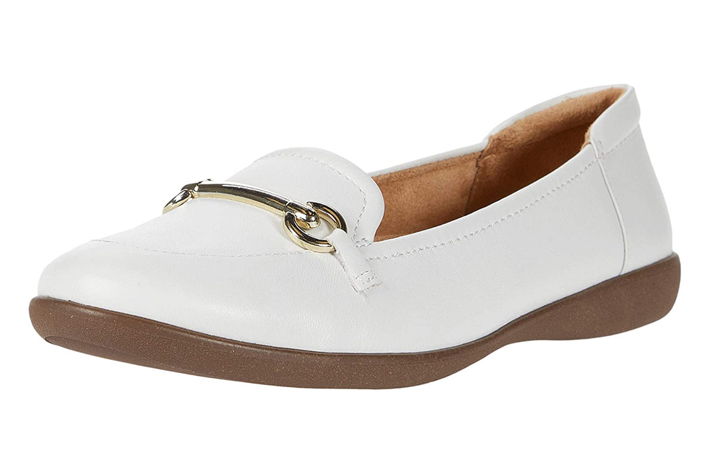 white loafers, loafers, driving shoes, gold, naturalizer