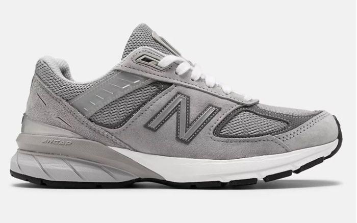 new balance, new balance 990, gray new balance, new balance sneakers, kaia gerber new balance, white sock trend, socks