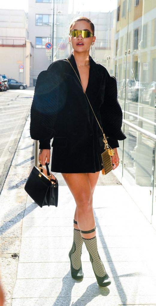 rita ora, style, dress, sandals, heels, pumps, shoes, milan, fashion week, black