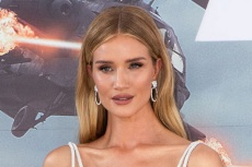 Rosie Huntington-Whiteley Wears the Fall's Hottest Hue and Sleek Black Totême Boots for Coffee in London