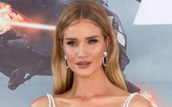 rosie huntington-whiteley, style, shoes, heels, sandals,