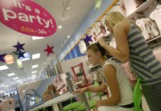 Tween Retailer Justice Gets a New Stalking-Horse Bid Worth $60 Million