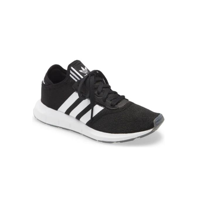 Adidas-Swift-Sneaker