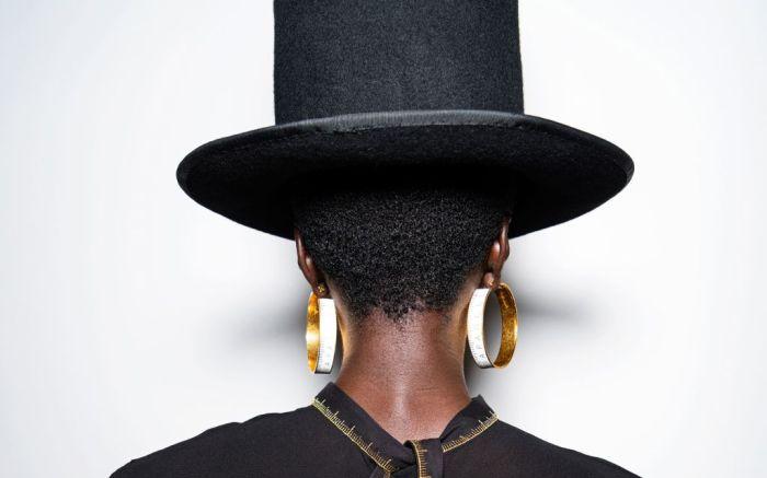 schiaparelli, schiaparelli spring 2021, spring 2021, schaparelli jewelry, pfw, paris fashion week