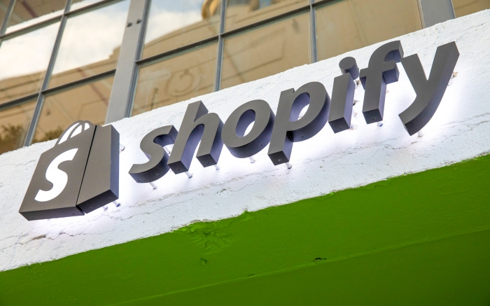 LA exterior of Shopify headquarters