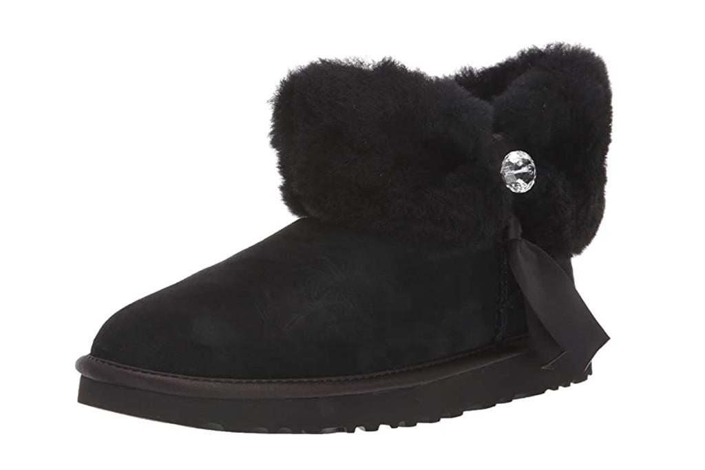 amazon holiday dash, ugg boots, black short boots