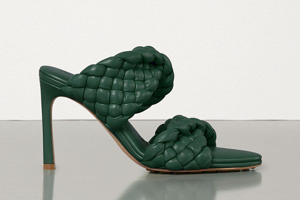 bottega veneta, bottega veneta shoes, spring 2021, spring 2021 trends, mfw, milan fashion week, bottega veneta bv curve