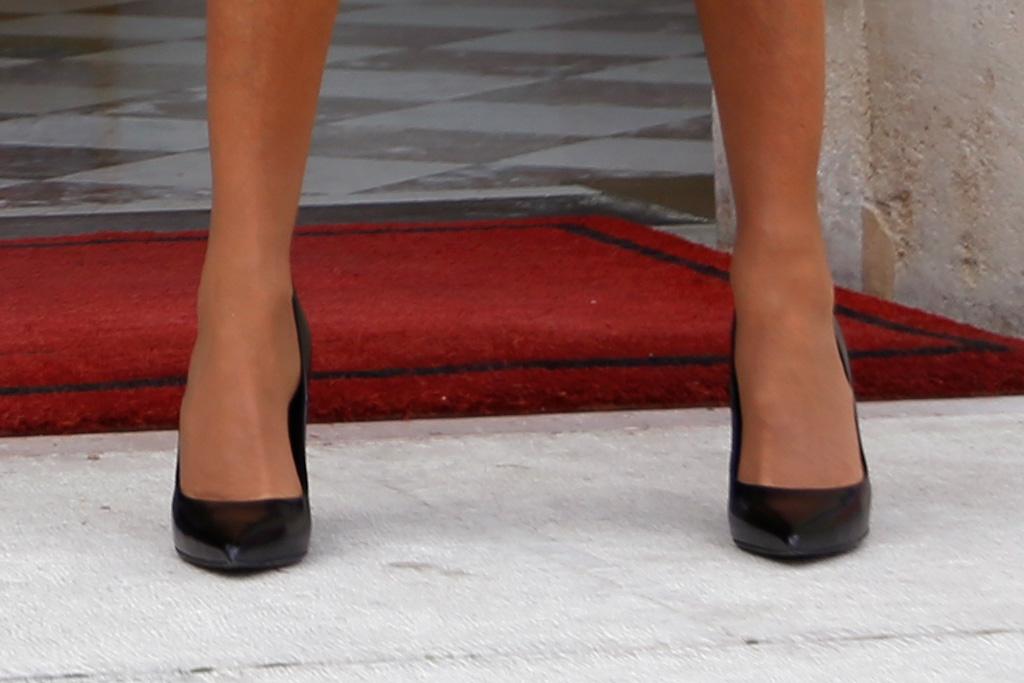 brigitte macron, heels, dress, coat, shoes, style, france, mexico