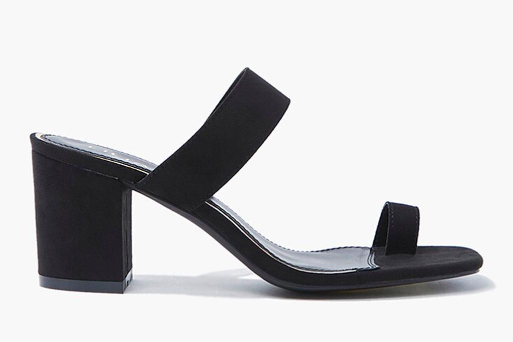 black sandals, big toe, heels, shoes, sandals, loop toe, forever 21