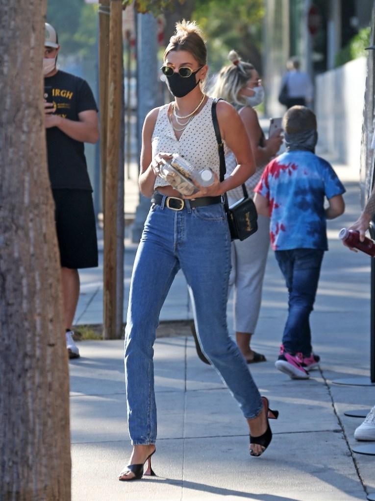hailey baldwin, jeans, crop top, shoes, amina muaddi, heels, black, justin bieber, sneakers, nike, los angeles