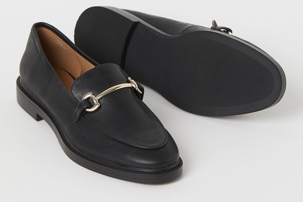 loafers, black, leather, gold, horsebit, hm