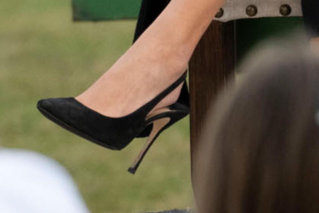 ivanka trump, black pants, jacket, coat, heels, slingback, pumps, pennsylvania