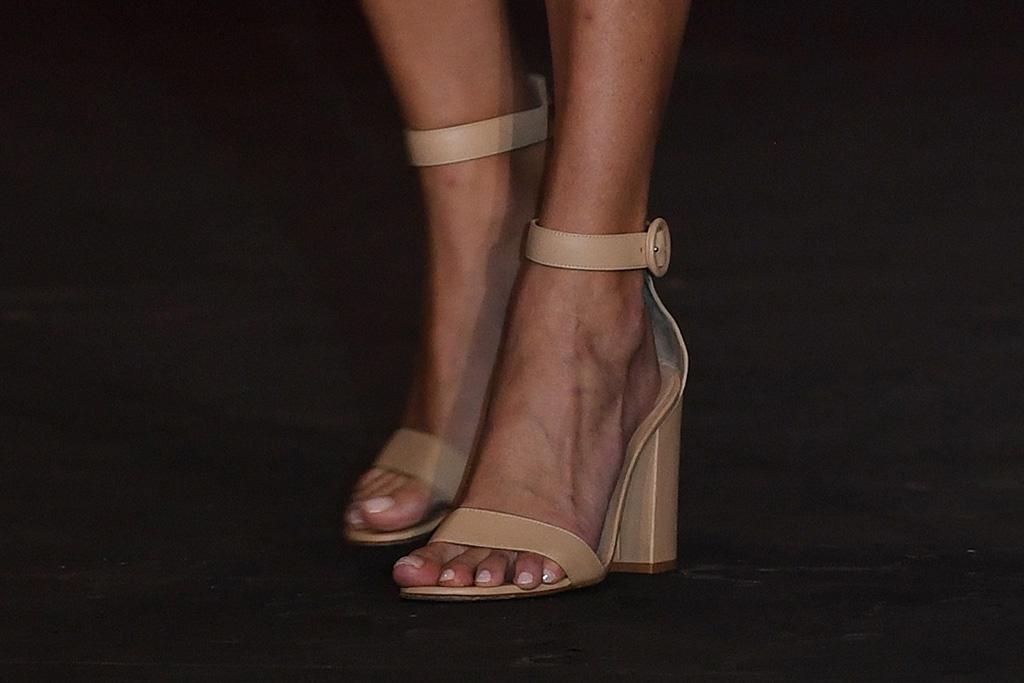 ivanka trump, white dress, heels, sandals, miami, florida, dress